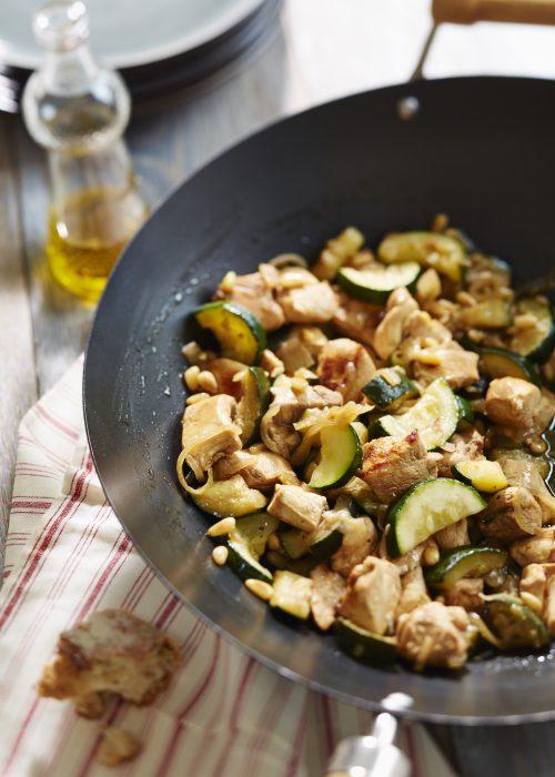 _wok de poulet fermier aux courgettes et a l'armagnac